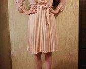 Rožinė plisuota suknute
