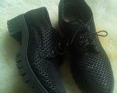 Puikūs batai grubesniu padu