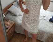 Puosni nauja balta suknele