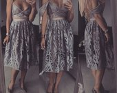 Rotaru perliukai sidabrine suknele