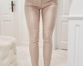 Tamprios odinio stiliaus Kelnės
