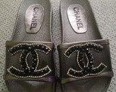 Chanel tapkytes