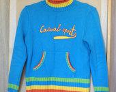 Žydras, aukštu kaklu, dryžuotas megztinis