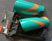 Blauzdų apsaugos Nike Mercurial Lite