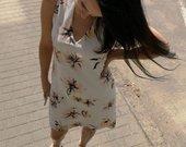 Gėlėta suknelė vasarai