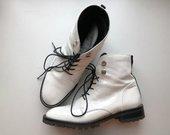 Batai balti/lakuoti