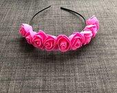 Rožiniai gėlių lankeliai