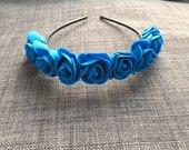 Mėlyni gėlių lankeliai