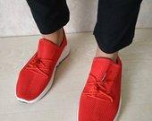 raudoni kedukai