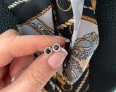 Raudono aukso auskarai su safyrais ir deimantais