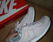 Nike wmns internationalist sportbačiai