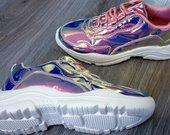 Wow holografiniai batai