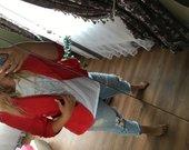 Stilingas raudonas švarkelis