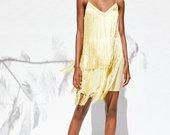 suknelė su kutais