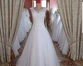 Prabangi vestuvine suknele