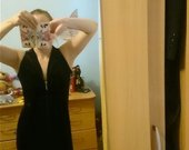 veliurinė suknelė
