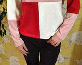 Trijų spalvu megztinis
