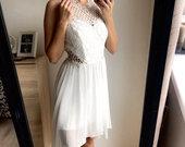 Balta progine-vestuvine suknele