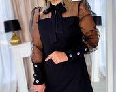 Nuostabi juoda suknelė