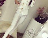 Balmain baltas kostiumelis