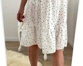 Stilinga nauja suknele