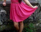 Rožinė Chillin suknelė