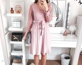 Pink nude suknele