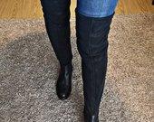 Juodi odiniai ilgaauliai batai