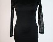Graži zaros suknelė juoda.