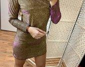 Blizgi suknele
