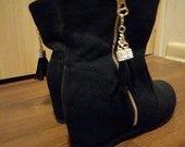juodi bateliai