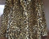 zara leoparda kailiniai
