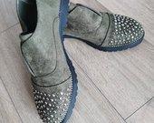Chaki batai