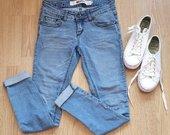Dailūs moteriški džinsai