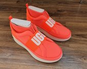 Nauji Ugg Neutra sneakers'ai