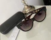 MCQ akiniai