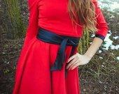 mazai nesiota raudona suknele