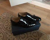 Vyriški lakuoti batai