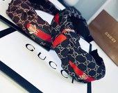 Gucci lankeliai