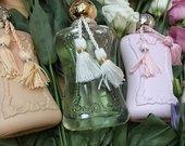 Dalinuosi originaliais kvepalais