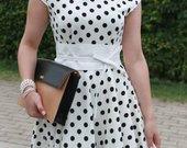 Balta,taškuota suknelė