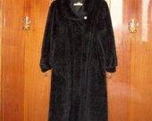 Moteriški juodi kailiniai (dirbtiniai)