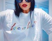 Marškinėliai Love is Love