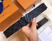 Juodas natūralios odos diržas Louis Vuitton