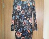 Veliūro medžiagos suknelė