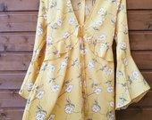 Gėlėta suknelė plačiom rankovėm