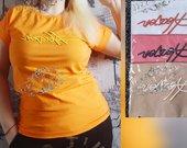 Medvilniniai marškinėliai su siuvinėtu užrašu
