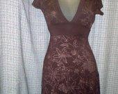 Pleasure trikotažinė platėjanti suknelė 2942-24