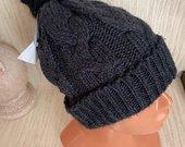 Tamsiai pilka kepure
