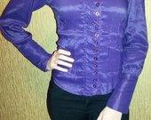 Dryžuoti violetiniai marškiniai